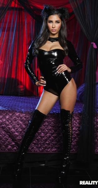 Gianna Dior, Quinton James - Scream Teen