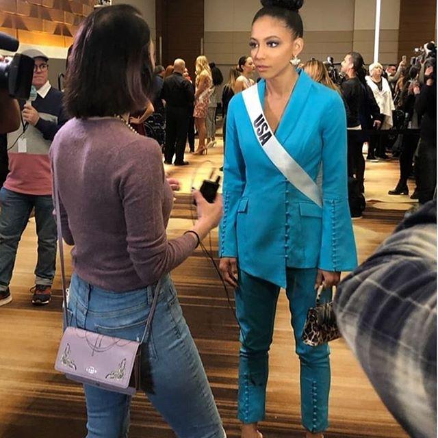 Tengo entendido que Hoy son las entrevistas de las Candidatas a Miss Universo - Página 4 Nr47mkhy