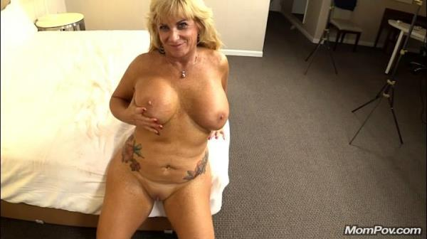 Zena - 50 year old freaky cougar loves sex (2019/SD)