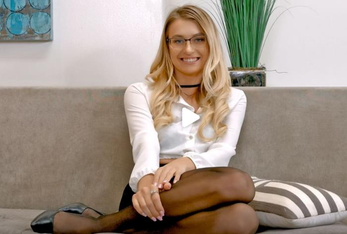 Natalia Starr - The Perfect Realtor (FullHD 1080p) - FuckingAwesome - [2019]