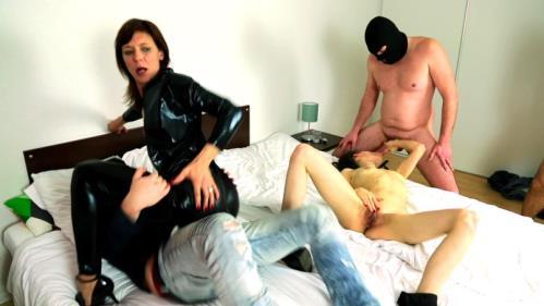 Ciara, Morgane - Ciara et Morgane, double gang-bang (FullHD)