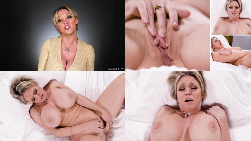 Kelli Williams  nackt