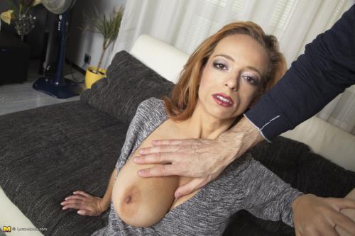 Zuzana D - Zuzana (HD)