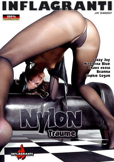 Nylon Tr�ume Cover