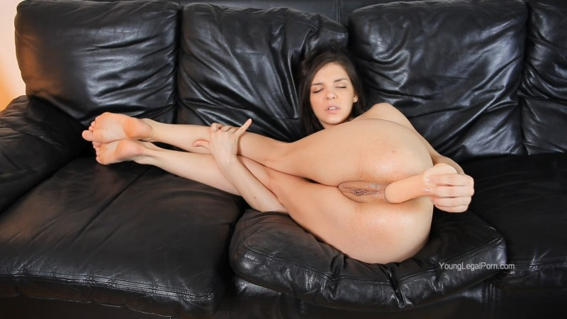 YoungLegalPorn: (Penelope (HENESSY)) - Hard Like a Real [FullHD / 892 MB]