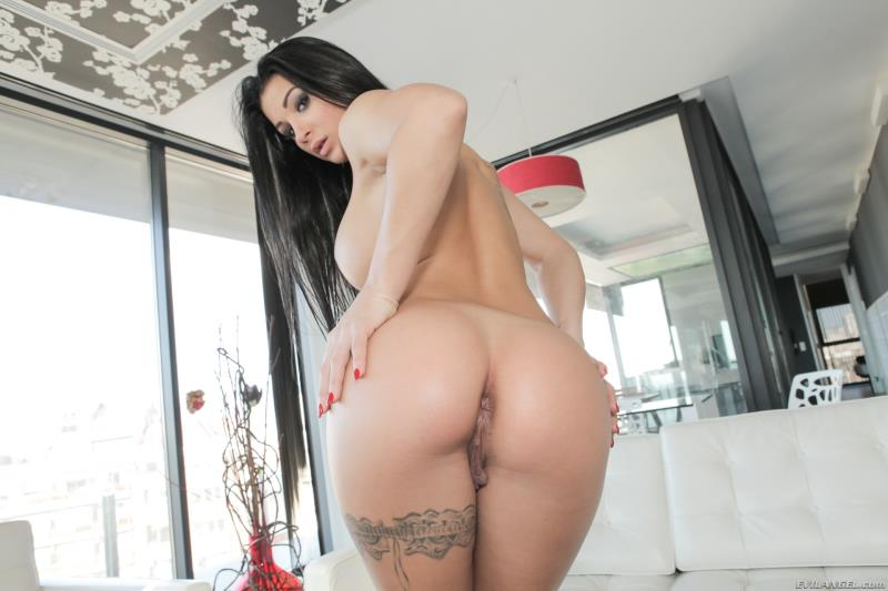 Susy Gala - Stylish Spaniards Oily Workout (EvilAngel) [HD 720p]