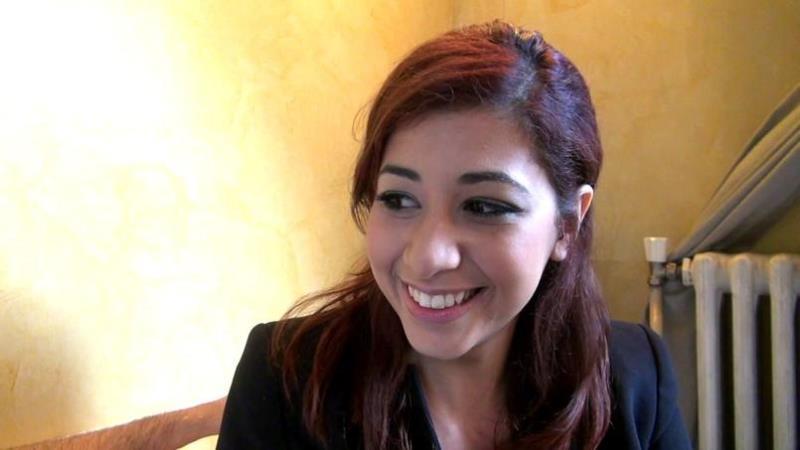 [JacquieEtMichelTV/Indecentes-Voisines] - Selina - Selina, 19ans, petite marocaine coquine! (2019 / FullHD 1080p)