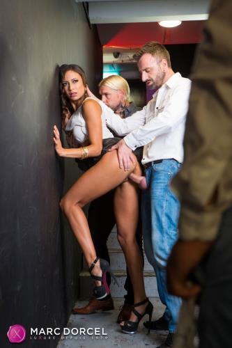 Cassie del Isla - For her lovers pleasure (FullHD)