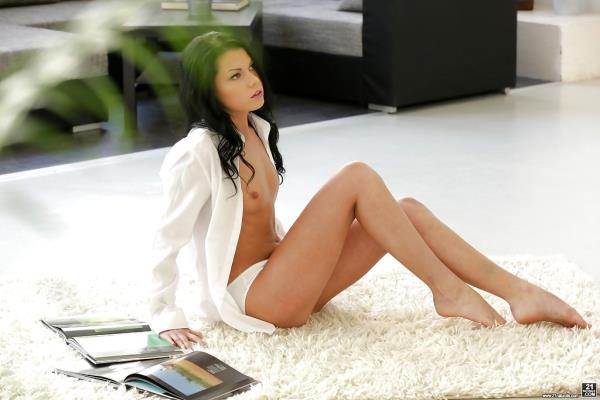 21EroticAnal/21Naturals/21Sextury: Sofia Like - Stopped In His Tracks (FullHD) - 2019
