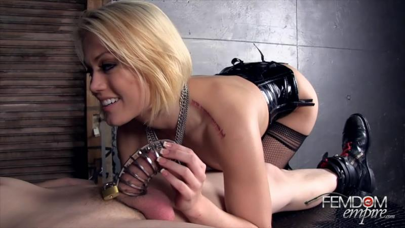 FemdomEmpire: (Ash Hollywood) - Domina poses as the wife of Freddy Krueger [HD / 260 MB]
