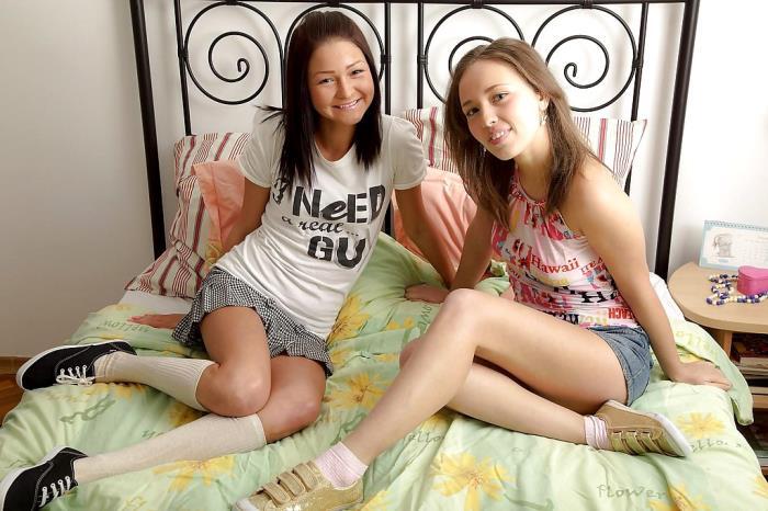 Ilina, Lauren - Sextoy Surprise (HD 720p) - SapphicErotica - [2020]