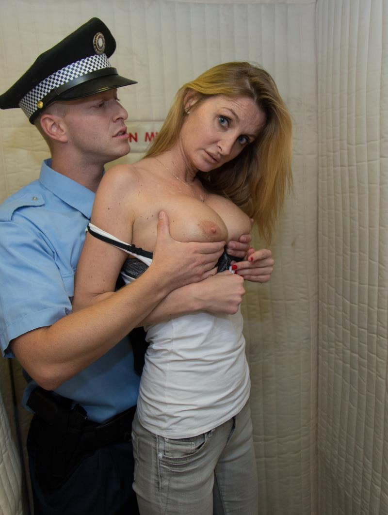 BrickYates: Vicky Police Brutality Cop Forces A Girl to Fuck To Stay Out of Trouble 09.02.16 [FullHD 1080p]