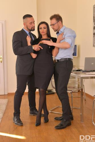 Alyssia Kent - Meeting, Mating (SD)
