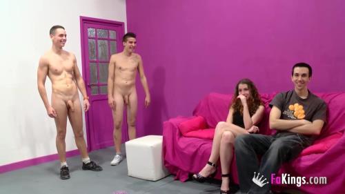 Adrian Brey, JotaDe, Laura Brey - El dia que Laura revento de placer tras ser vendida por su propio novio (HD)