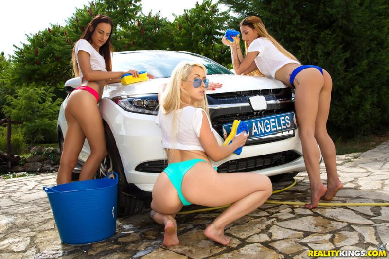 EuroSexParties/RealityKings: Christina Shine, Maya Crush, Cayenne Hot - Euro Boob Wash (2020) 432p WebRip