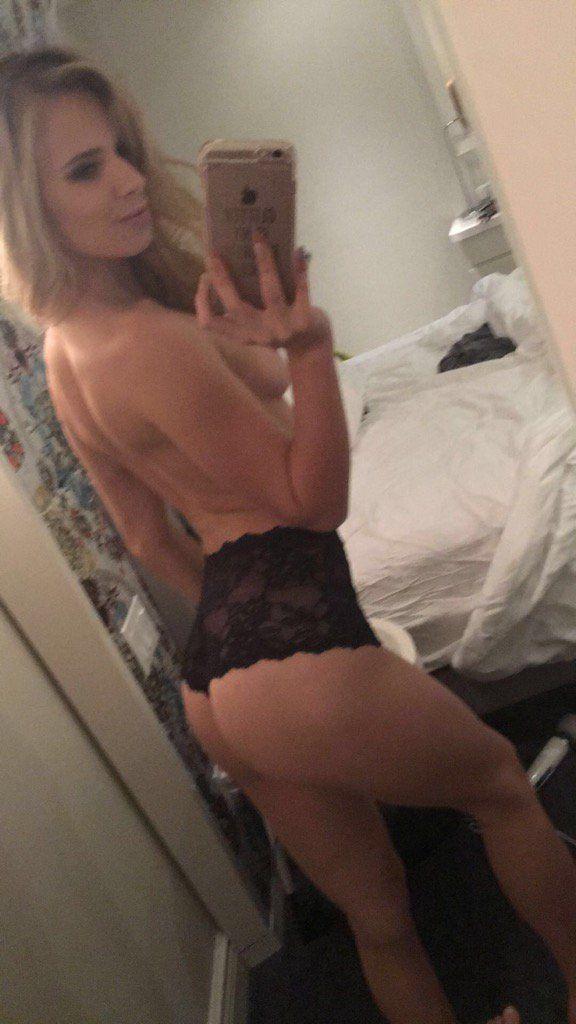 BigButtsLikeItBig/Brazzers: Jillian Janson aka Jillian Brookes - Assk and Ye Shall Receive (SD) - 2020
