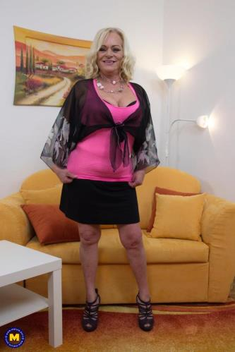 Sara V. (54) - HARDCORE (FullHD)