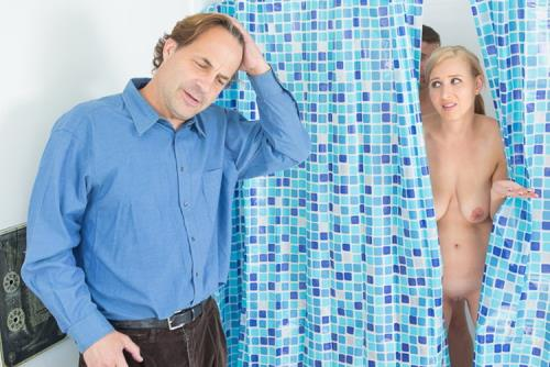 Alice Chambers - Step Into My Shower (FullHD)